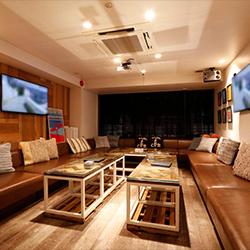 ラズル-西麻布‐Razzleお洒落な大人の雰囲気漂う完全個室