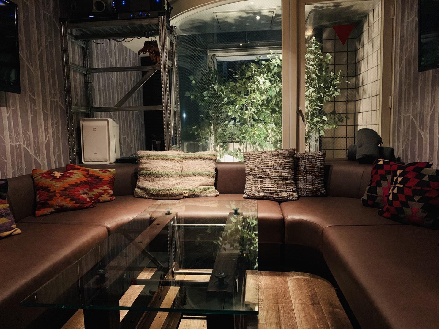 ラズル-西麻布‐Razzle | お洒落な大人の雰囲気漂う完全個室Bar